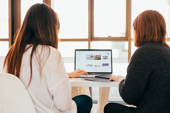 Reuniones de seguimiento de marketing para webs en Sevilla